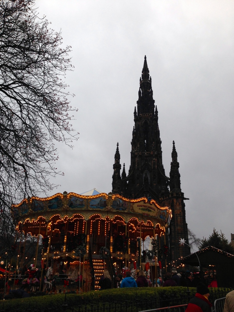 Edinburgh Christmas Market by knitahedron